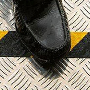 Grip Non Slip Anti Slip Tape Self Adhesive Conformable Black & Yellow 200mm x 18m
